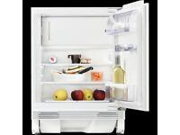 New Zanussi Integrated Fridge with Freezer ZQA12430DA RRP £299