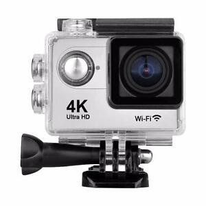 Caméra Sport Action 2'' UHD 4K 60/30 Fps WiFi - Argent et Noir - PRODUIT NEUF ! - BESTCOST.CA