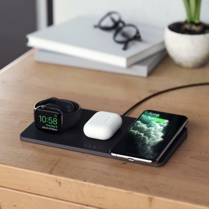 SATECHI TRIO WIRELESS CHARGING PAD.