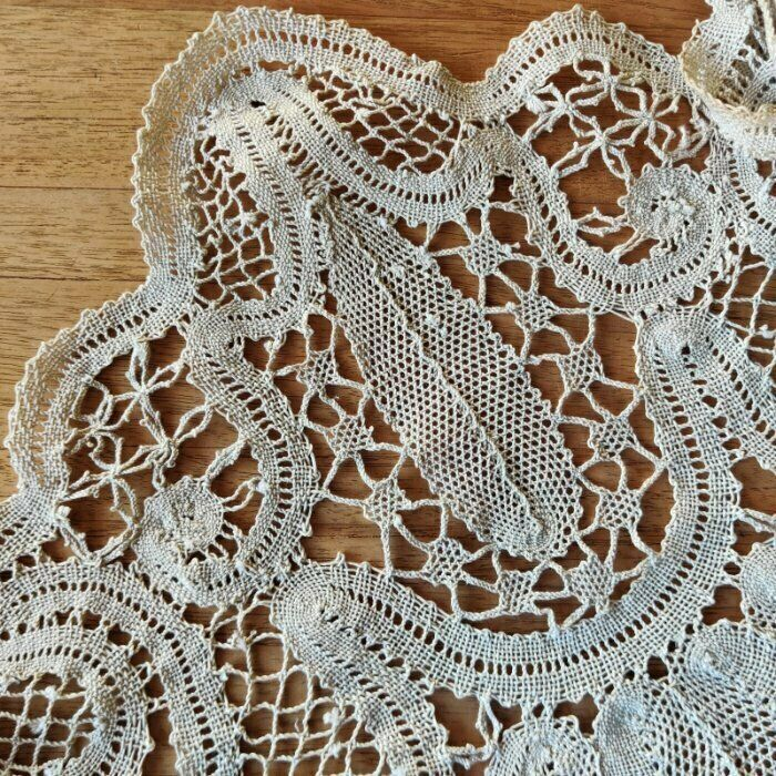 Vintage large package of beige cotton Bruges Lace Curtain lace border, 12M