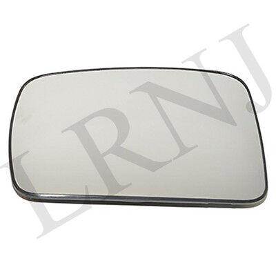 LAND ROVER LR2 / LR3 / RANGE ROVER SPORT DOOR MIRROR GLASS LEFT HAND