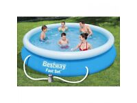 BNIB 12ft Inflatable Swimming Pool with pump and cover
