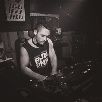 Learn to DJ - DJ Lessons - Melbourne - Book Online