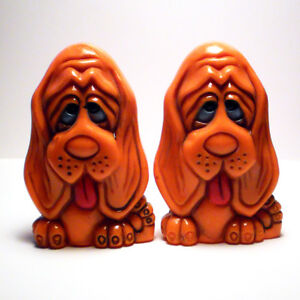 DROOPY EYED SAD FACED BASSET HOUNDS SALT & PEPPER SHAKERS
