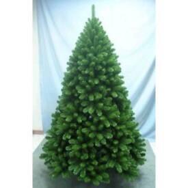 Christmas tree 8 ft prelite