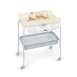 Table a langer et bain bebe cam
