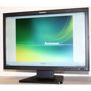 Lenovo 6622-HB1 22 inch Widescreen LCD Monitor for Computers