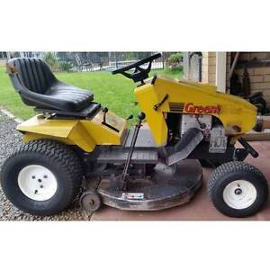"""Greenfield 12.5 hp ride on 32""""cut Westbrook Toowoomba Surrounds Preview"""
