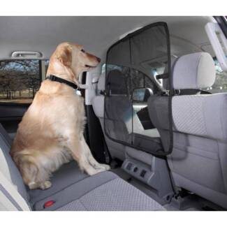SOLVIT-Sta-Put-FRONT-SEAT-NET-BARRIER-FOR-DOGS-PETS-MICRO-MESH