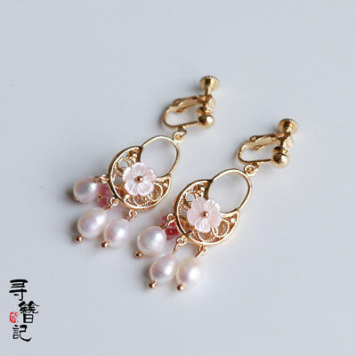 Chinese Classical Charm Earrings Natural Freshwater Pearl Powder Shell Earrings