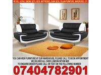 BRAND NEW Italian Leather 3 and 2 Seater Sofa Suite in Black, Red, Black double tone colors