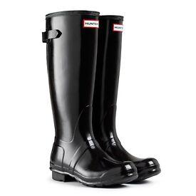 Hunters black glass boots size 6 ladies