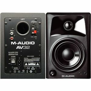 M Audio Av 32 R/L studio speakers
