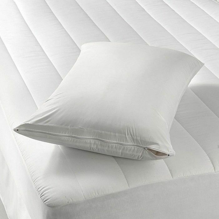 NEW 2Deluxe Waterproof Hypoallergenic Zipper Vinyl Pillow Co