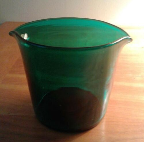 RINSER Antique  Wine Glass Rinser Emerald Green Circa 1820/1850 Hand Blown