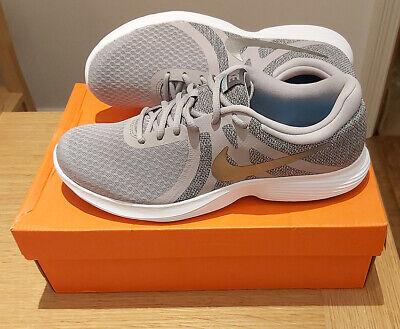 Nike Revolution 4. Running Trainers Mens UK 9 / EU 44