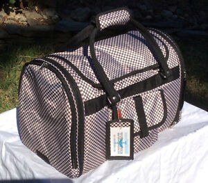 Dog/cat pet carrier