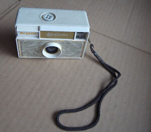Argus LADY CAREFREE Camera (Made in Germany) Vintage