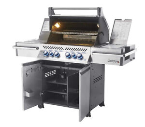 Napoleon Prestige Pro 500 Natural Gas BBQ BRAND NEW, never used