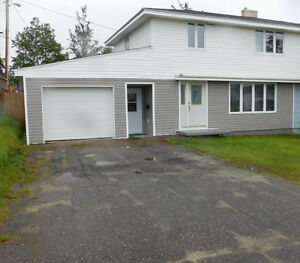 FOR RENT OR SALE! 722 Stirling $214,000 Neg. MLS1132658