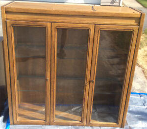 Kitchen Table, Chairs, Hutch/china Cabinet-solid oak