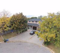 2000 SQFT HOUSE FOR SALE! 19 Deerhurst Rd, Hamilton/Stoney Creek
