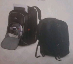 High Sierra Wheeled Computer BackPack - NEW CONDITION