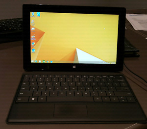 Microsoft Surface Pro with keyboard 128GB- I5 - mint condition