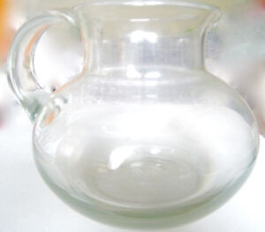 LARGE HIGH QUALITY CLEAR GLASS WATER PITCHER