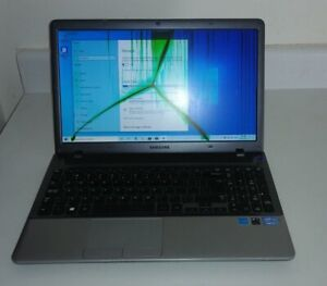Samsung NP350V5C Laptop with cracked screen