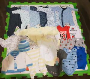 Tiny baby clothes 00000