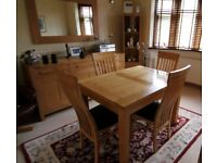 Extending Solid Oak Table & 4 Matching Chairs FREE DELIVERY 674