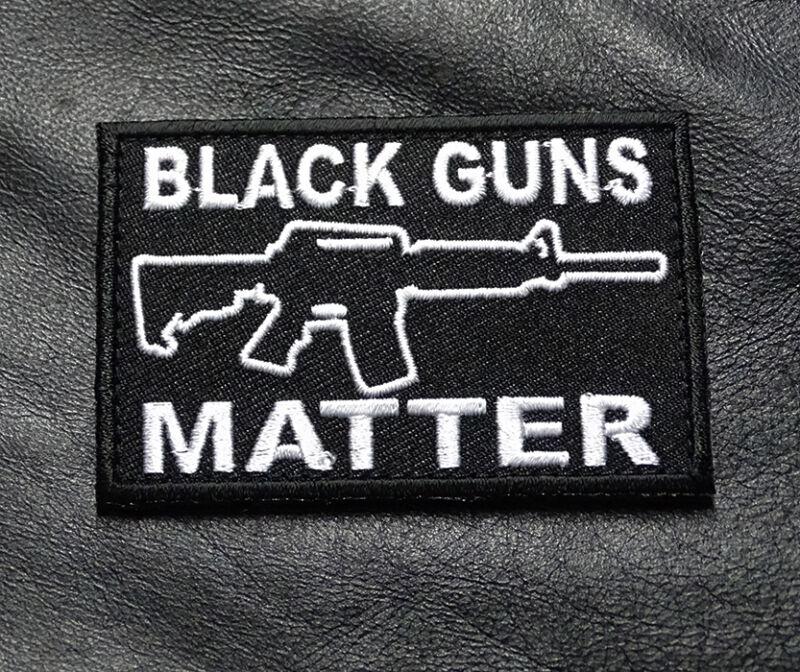 BLACK GUNS MATTER HOOK FASTENER PATCH (B/W)