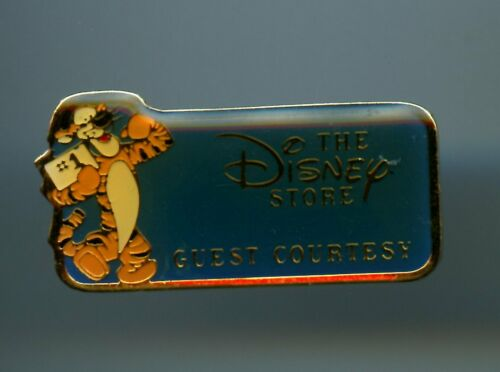 The Disney Store Cast Award Guest Courtesy Tigger BLUE Version Pooh Pin