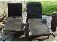 2 wooden sunloungers