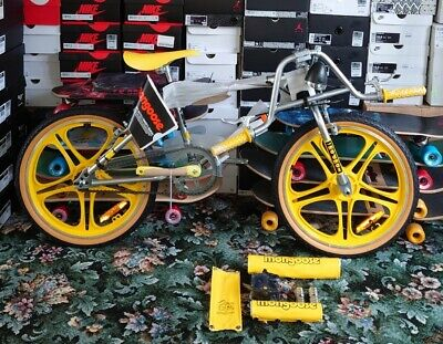 """Mongoose Stranger Things """"Max"""" retro BMX, New in Box Not released in the UK!"""
