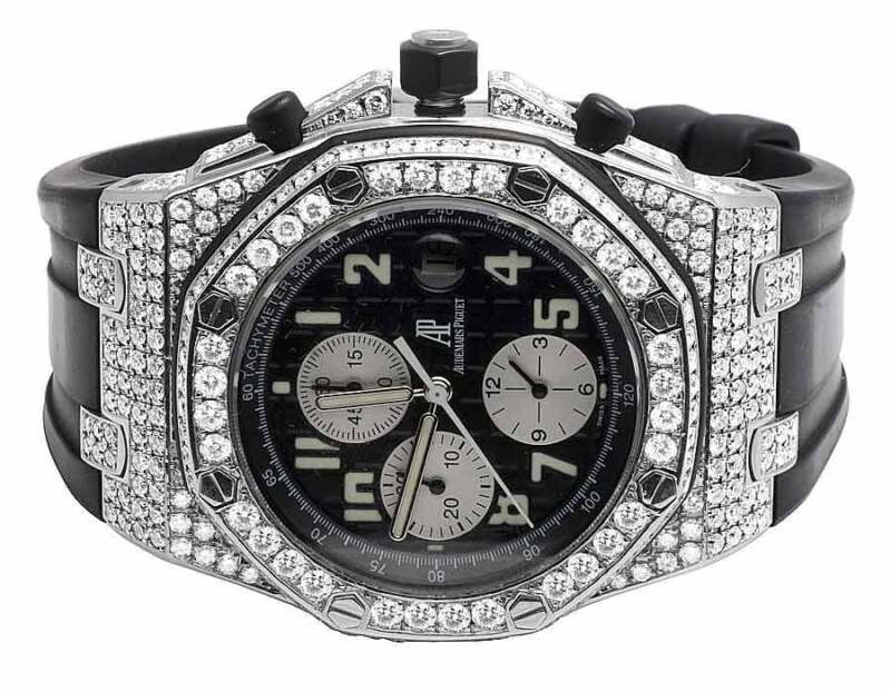 Mens 42 MM Audemars Piguet Royal Oak Offshore Rubber with 10.5 Ct of VS Diamond - watch picture 1
