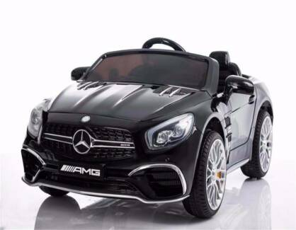 Licensed AMG SL65 ride on car w/ touchscreen - Metallic Black