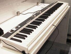 Studiologic Fatar Numa Compact - 88 Key Piano / Keyboard / Synthesizer with Sounds !