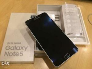 Brand new condition Samsung galaxy Note 5 32gb Black Unlocked in perfect condition!