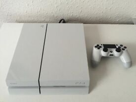 PS4 White Excellent Condition with free Games