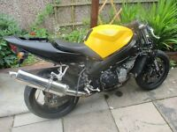 Triumph 2000 reg TT 600 project spares or repairs