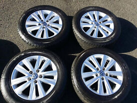 """Genuine Volkswagen Caravelle T5 17"""" inch alloy wheels and set of Dunlop 235 55 17 Tyres"""