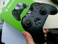 Xbox one controller in box MINT