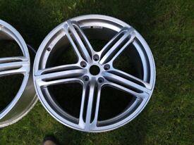 22 Alloy excellent condition for Audi Q7 ,Porsche, Wv .