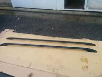 Return stock VW Transporter T5 Black Aluminium SWB Roof Rails missing fitting kit