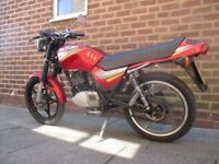 suzuki GS 125 ESX moted great bike 9 months mot