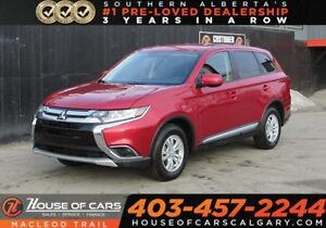 2018 Mitsubishi Outlander ES/ Heated seats/Back up Cam/AWD 4x4 S