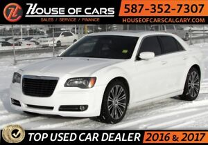 2013 Chrysler 300 300S / Leather / Sunroof