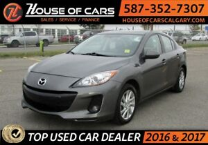 2012 Mazda MAZDA3 GS / Leather / Sunroof / Bluetooth